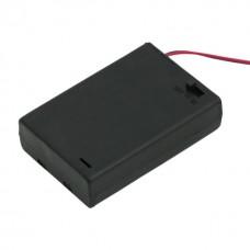 Cutii si carcase pt baterii3 buc. AA (baterie creion)cu intrerupator, cu capac